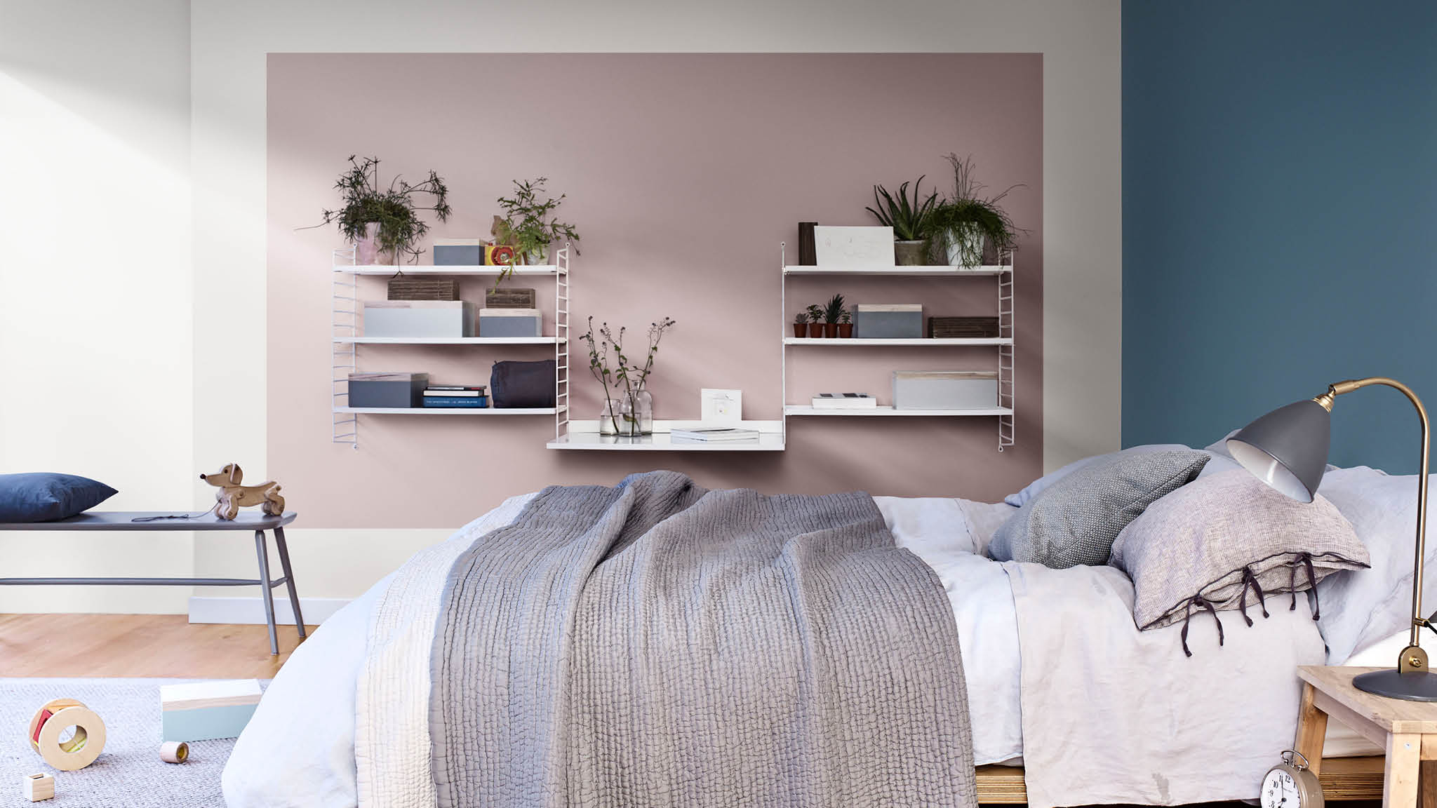 Use blue and Heart Wood to create a relaxed bedroom